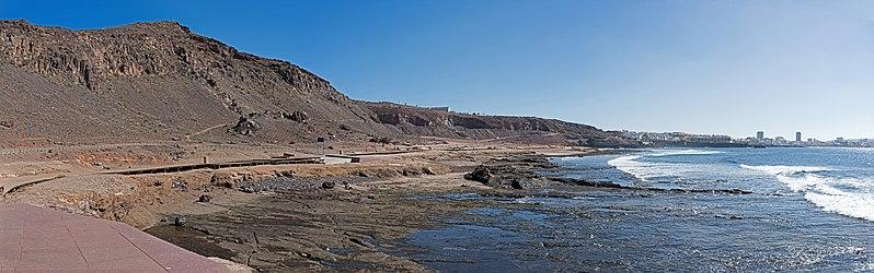 799px-Playa_del_Confital_D81_4916_(38824023164)