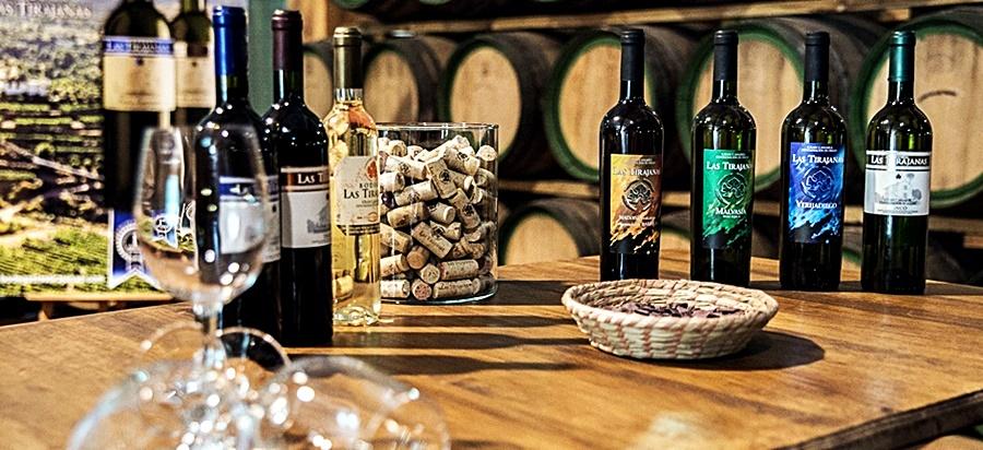 """Vinos de """"San Bartolome"""""""
